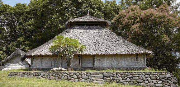 Mesjid Kuno Bayan Beleg, Lombok Didirikan pada abad ke 17